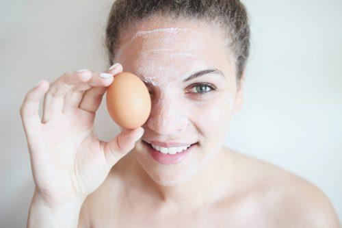 trứng gà và chanh tươi