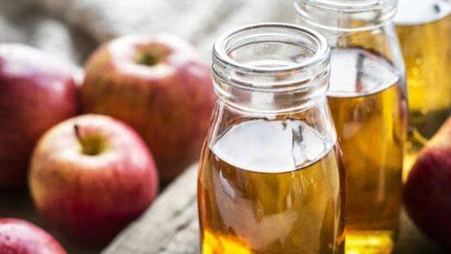 trị mụn với giấm táo